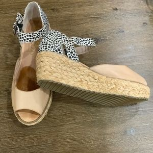 SHELLYS OF LONDON LEATHER WEDGE ESPADRILLES SZ 41